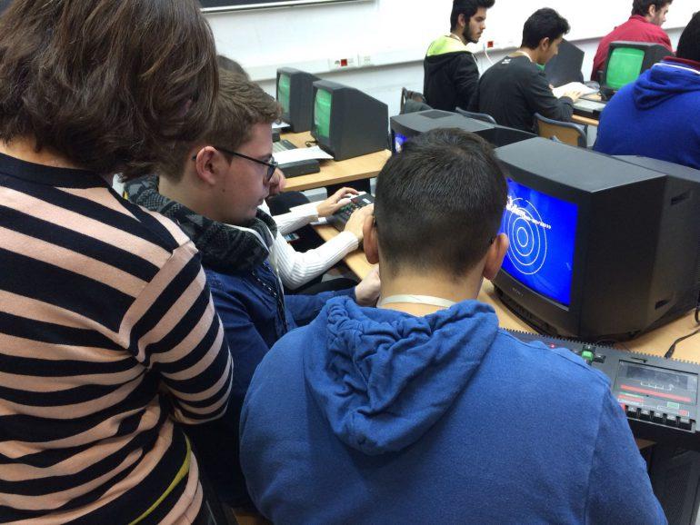 """El Museu d'Informàtica se suma a una nova edició de la campanya internacional """"L'Hora del Codi"""""""