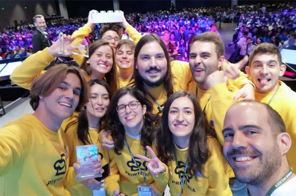 (Español) Dos alumnos de ETSINF forman parte del equipo ganador del concurso global iGEM