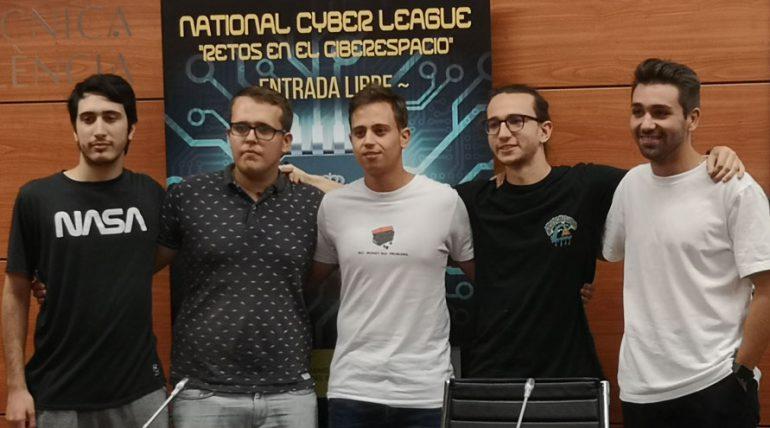 Policías polis, el equipo de la UPV que pasa a la final de la National Cyber League