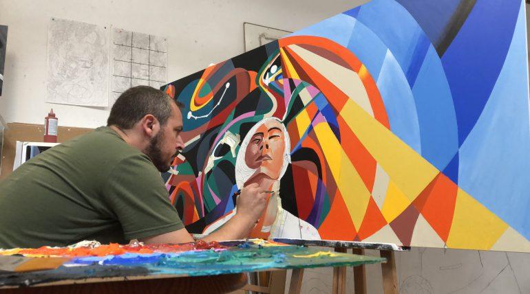 (Español) Dos murales del artista Javier Parra decorarán las paredes de la Escuela de Informática